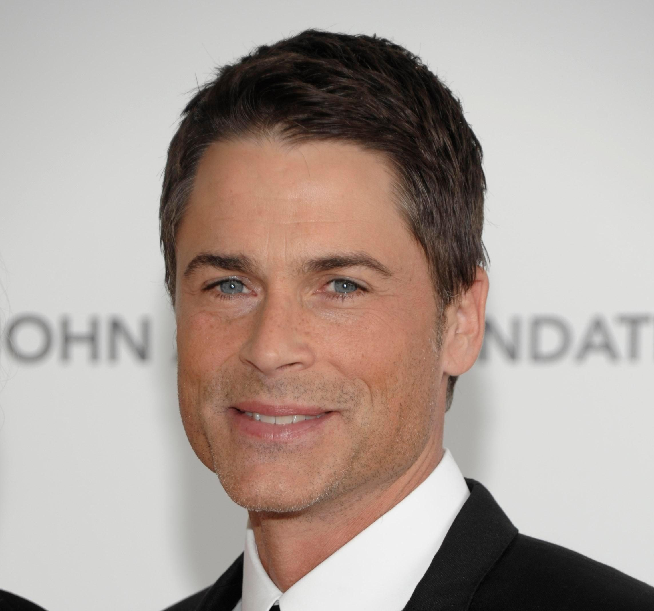 How old is Rob Lowe, who is his wife, what's his show about and can you get tickets?