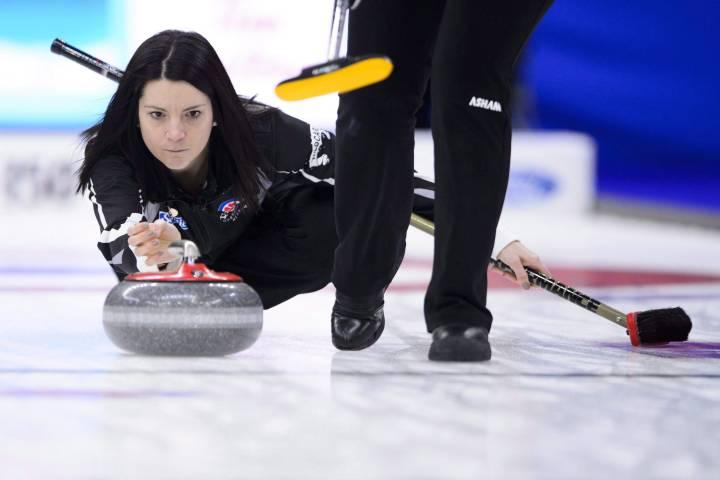 Jennifer Jones, Kerri Einarson playoff bound at Canada Cup
