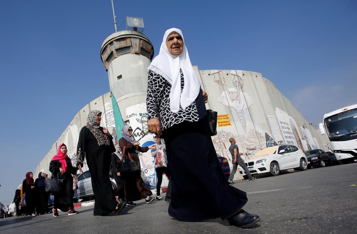 Australia recognizes west Jerusalem as Israel's capital, embassy not moving yet