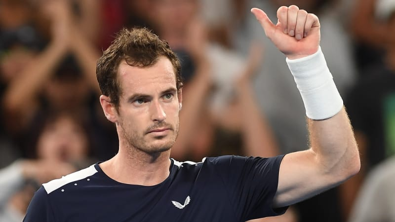 Murray undergoes hip operation in London