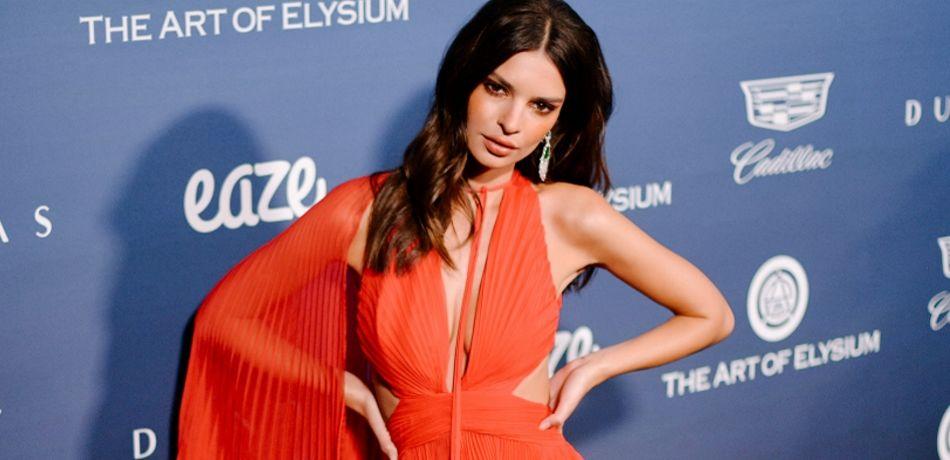 Emily Ratajkowski Struts Down The Catwalk In Lingerie-Like Dress