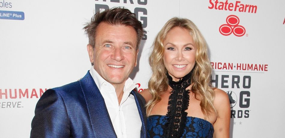 Kym Herjavec Cuddles Up To Husband Robert In Adorable Vacation Photo