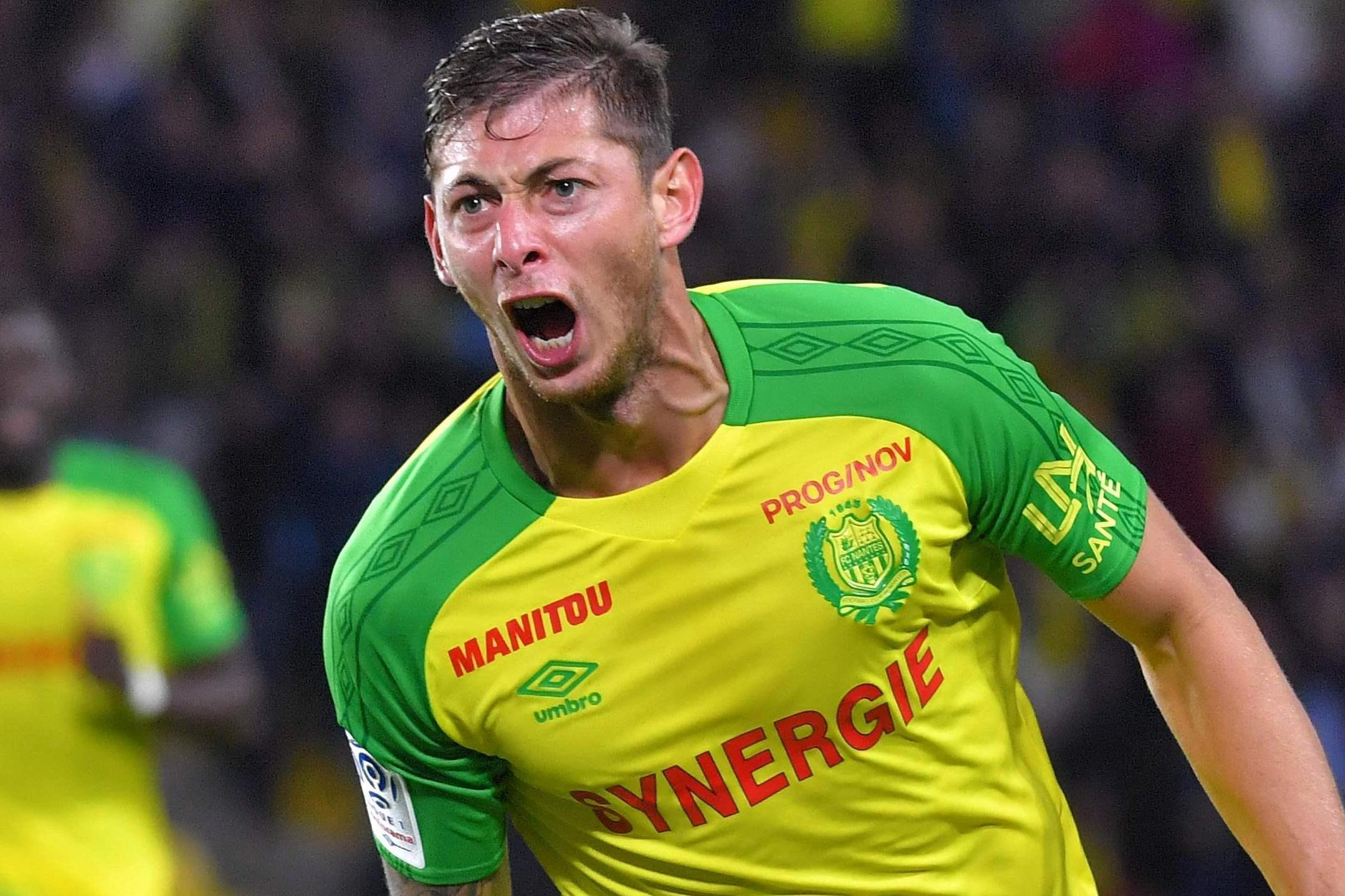 Emiliano Sala's Sister Flies To Cardiff In Desperate