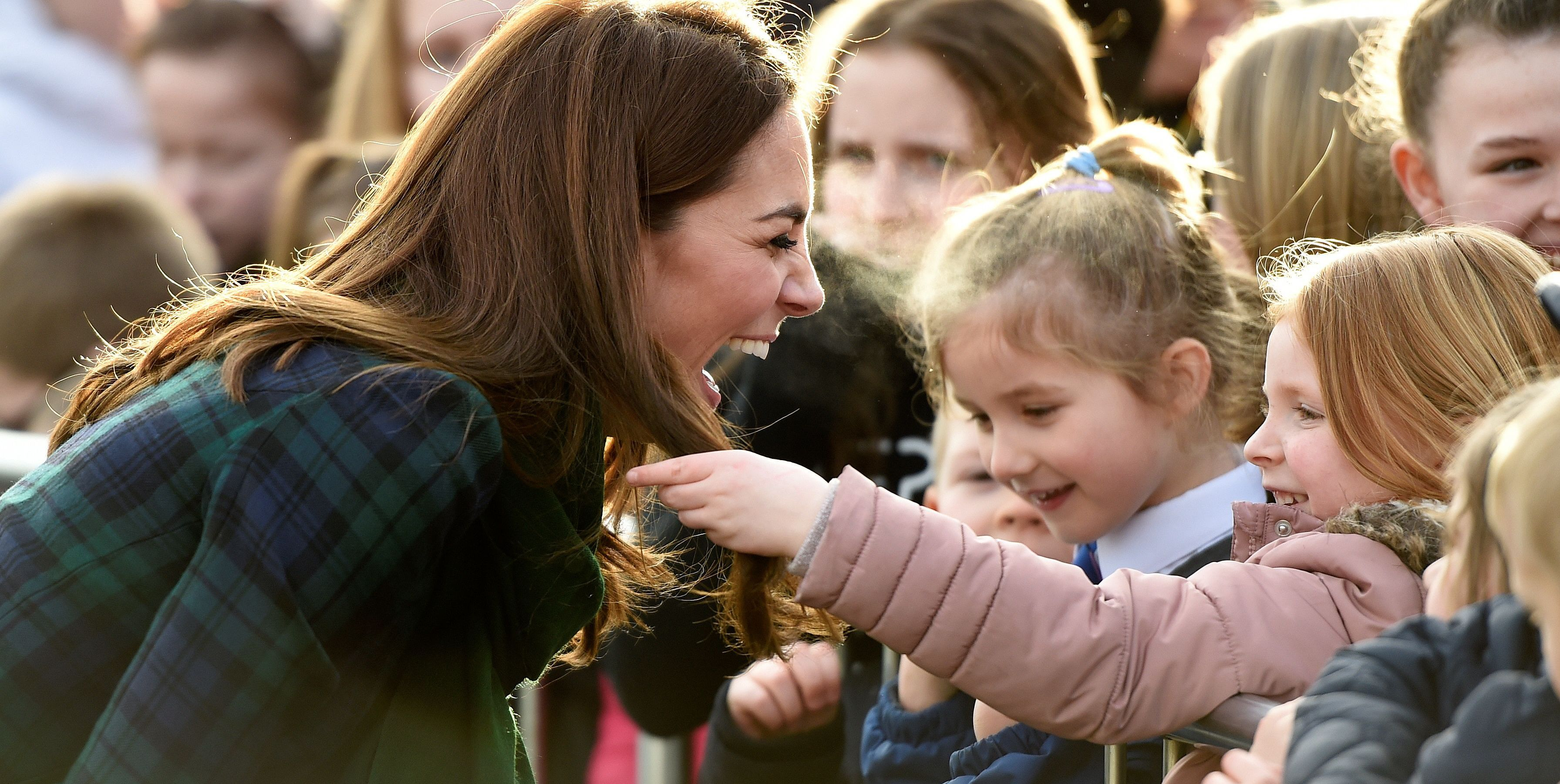 Kate Had the Most Precious Reaction When a Girl Touched Her Hair
