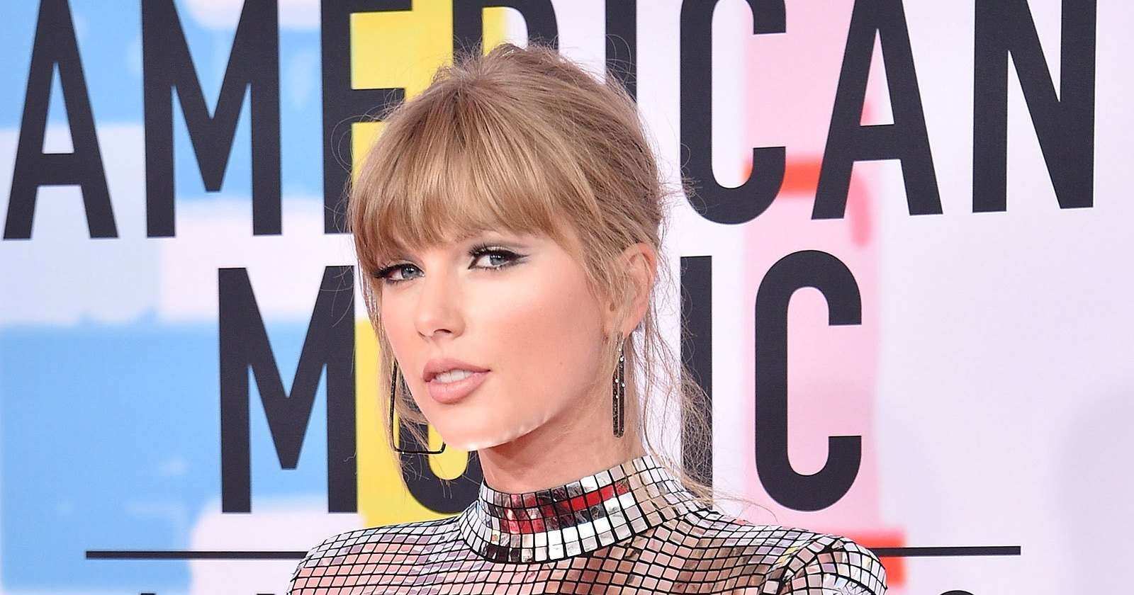 Taylor Swift: These Songs 'Healed My Heart After Bad Breakups'