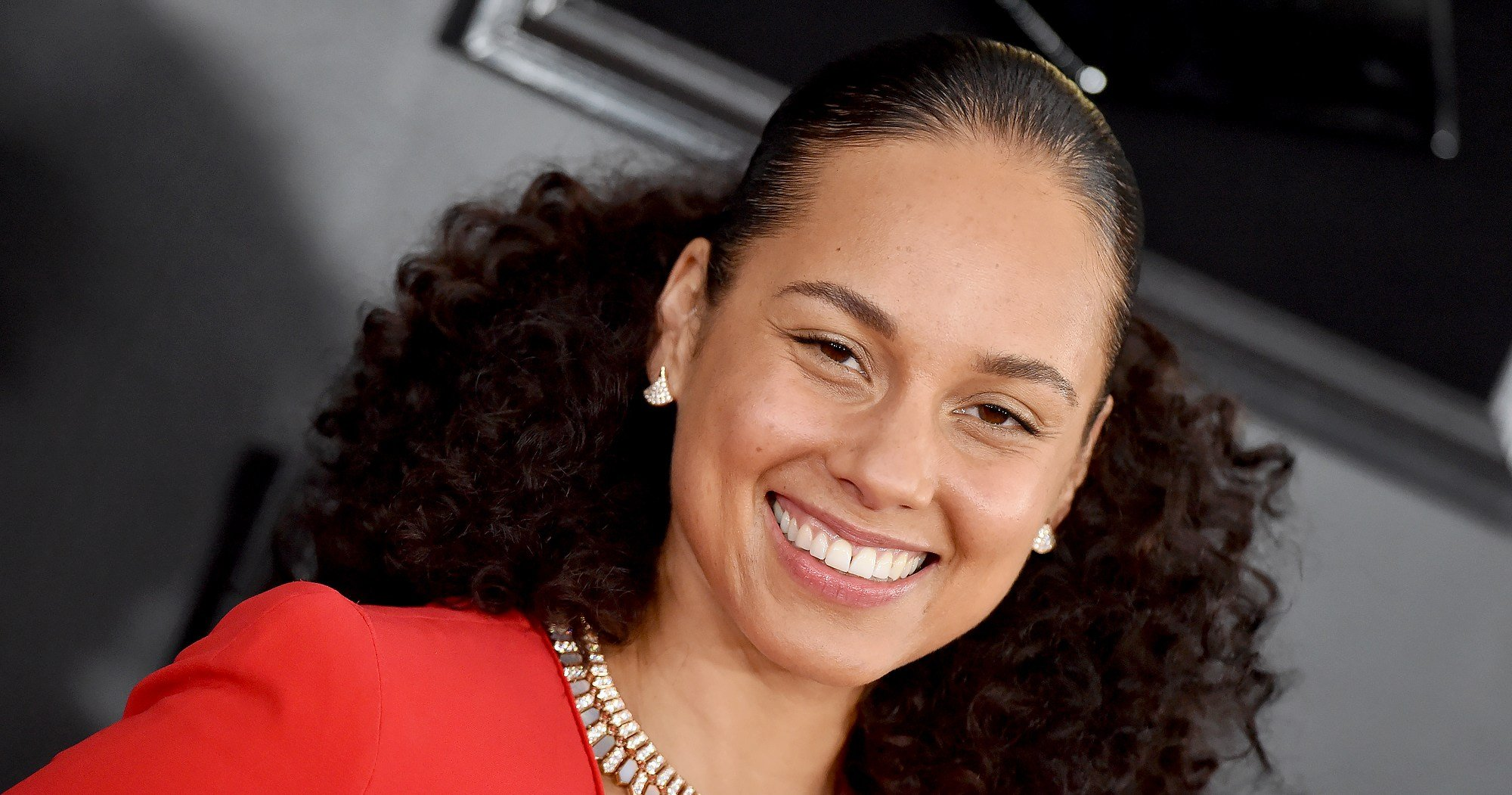 All the Secrets Behind Grammys Host Alicia Keys' 5 Fab Outfit Changes