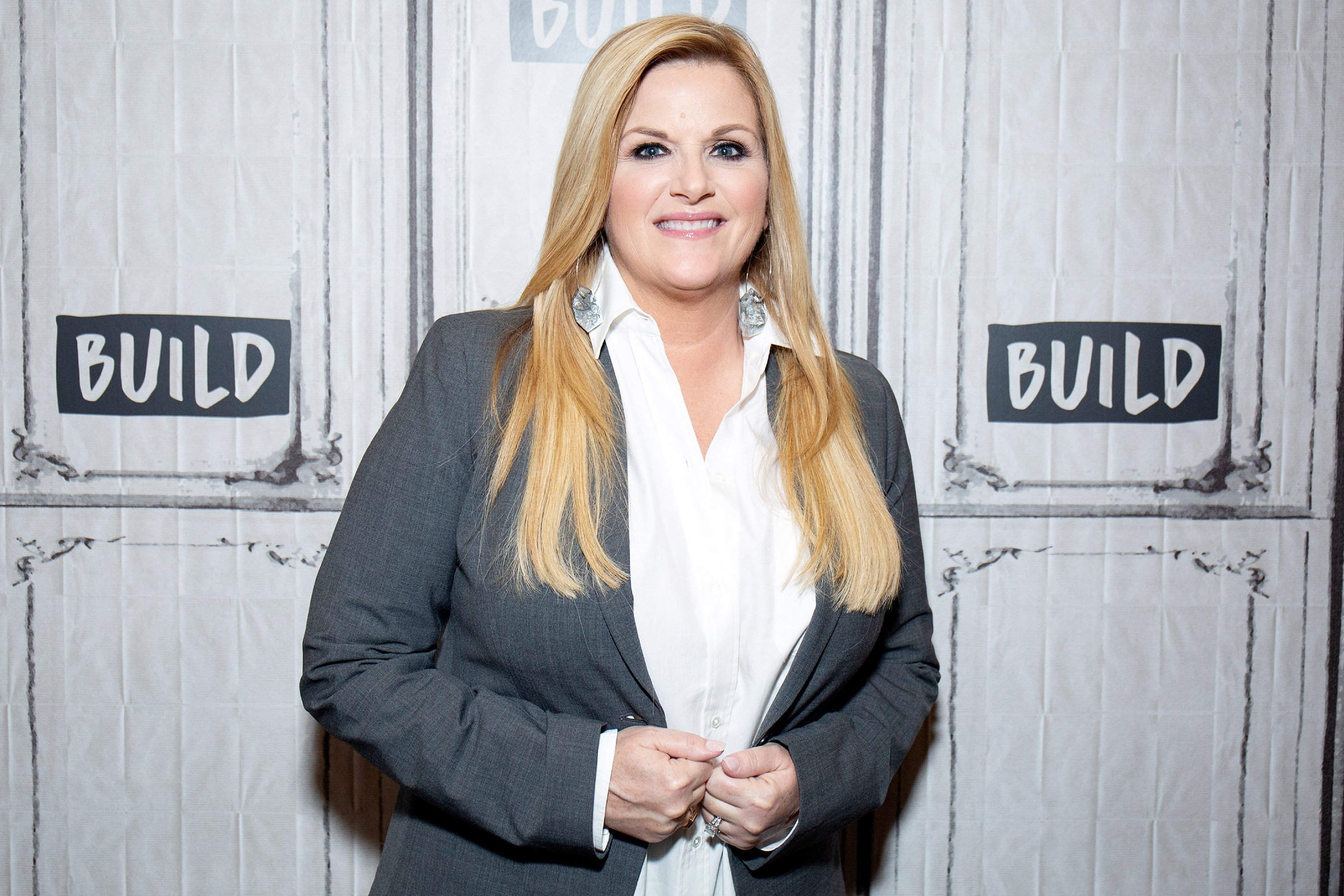 This Near-Miss Made Trisha Yearwood Swear Off Bodysuits Forever