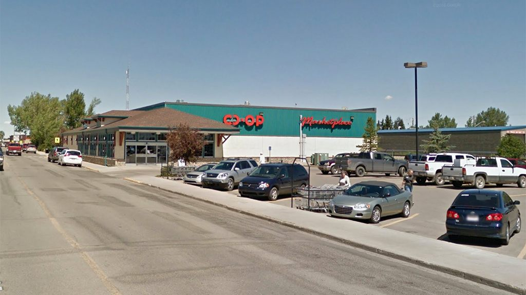 Mystery power outage zaps electrical devices in Canadian co-op parking lot, stumping electricians, locals