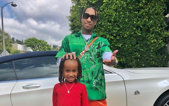 Kids' Choice Awards 2019: Tyga and Son King Cairo Are Twinning on Orange Carpet