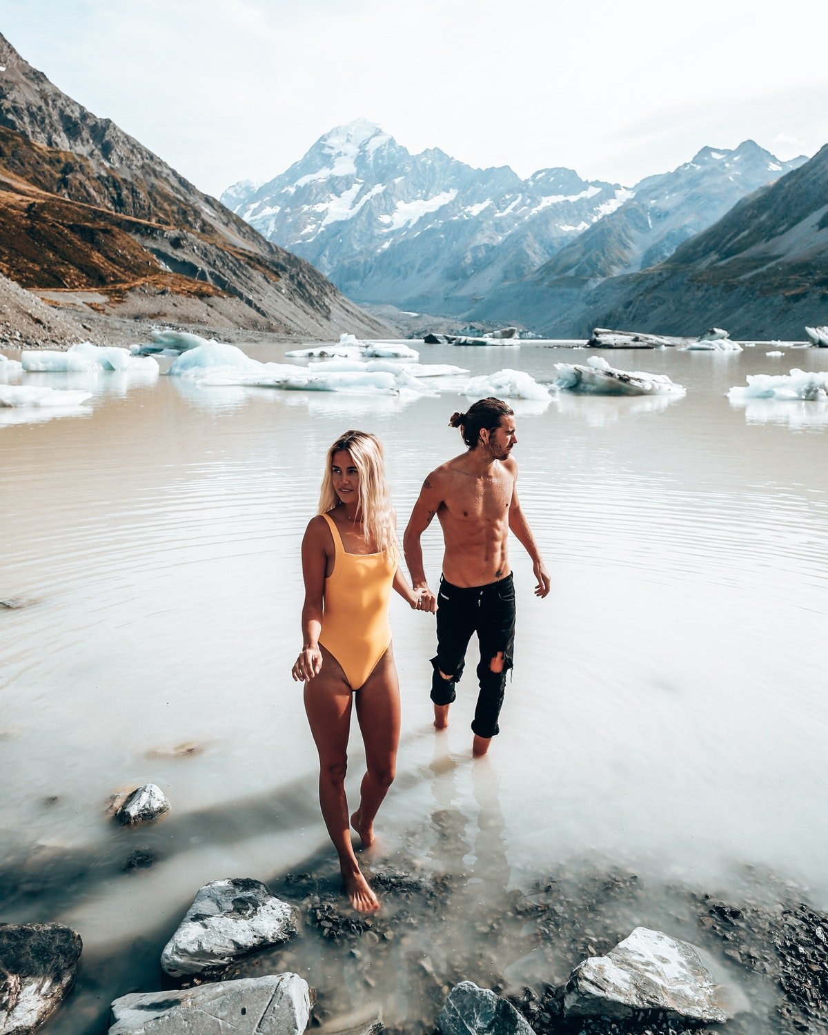 How To Plan A Vacation With Your Boyfriend Or Girlfriend, According To Pro Travel Couples