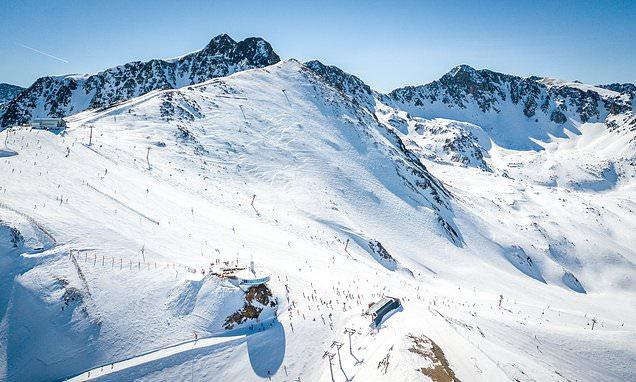 British tourist dies while snowboarding in Andorra