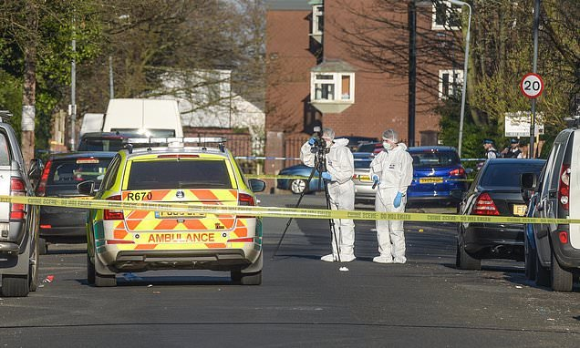 Man in his 20s dies in Liverpool after being stabbed in the neck