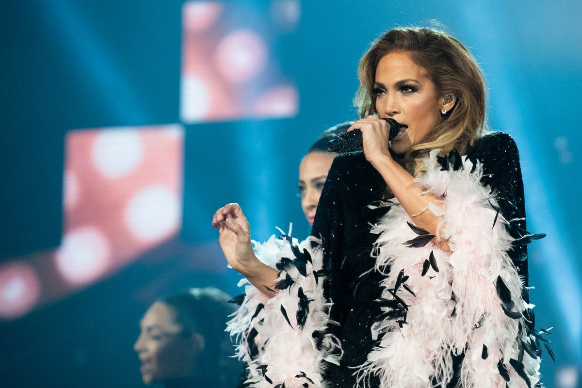 Here's How You Can Get Tickets To Jennifer Lopez's New Tour Happening This Summer