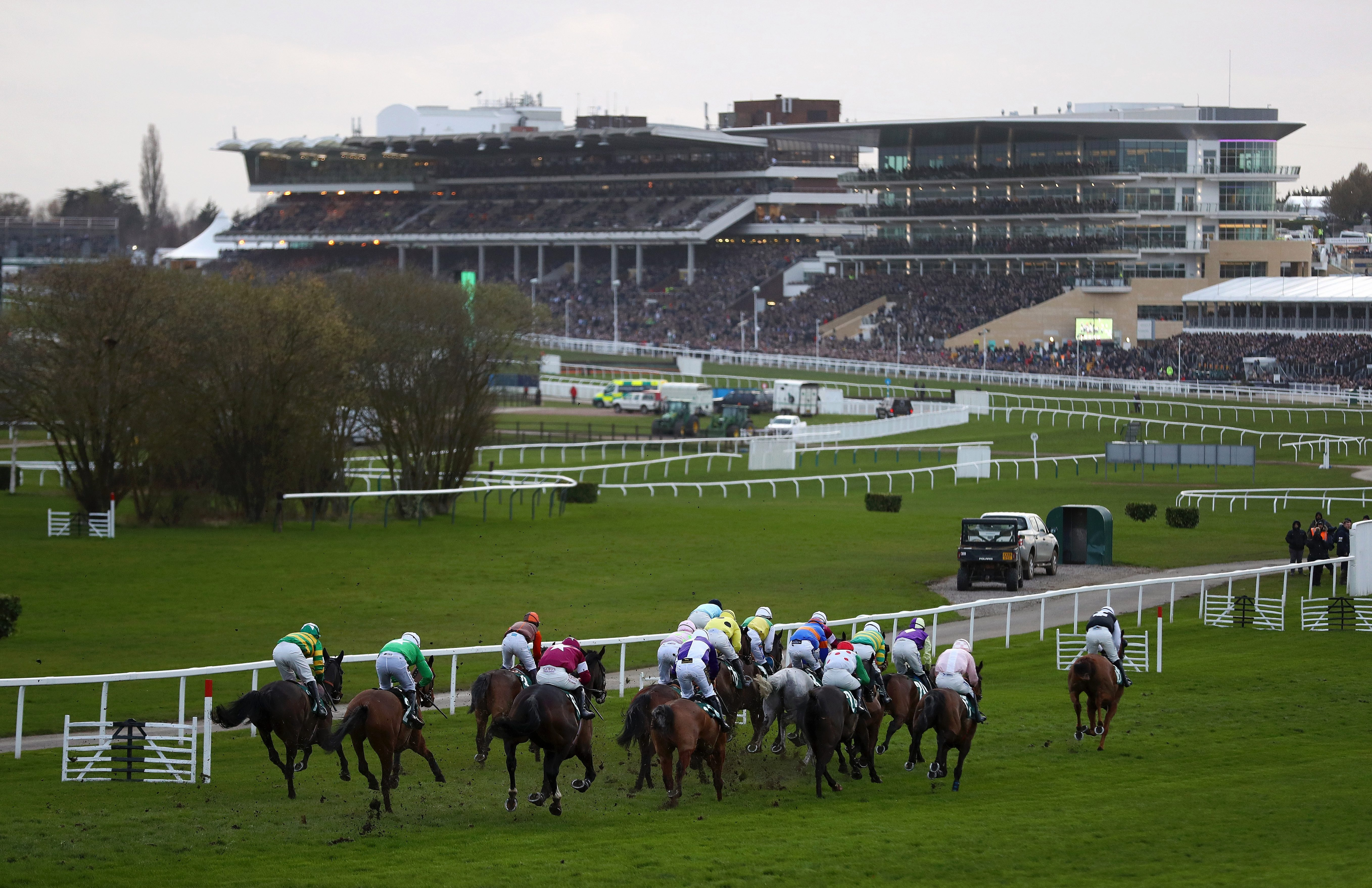 Best horse racing tips for today's action at Kempton, Fontwell, Uttoxeter, Newcastle and Wolverhampton from Tom Bull