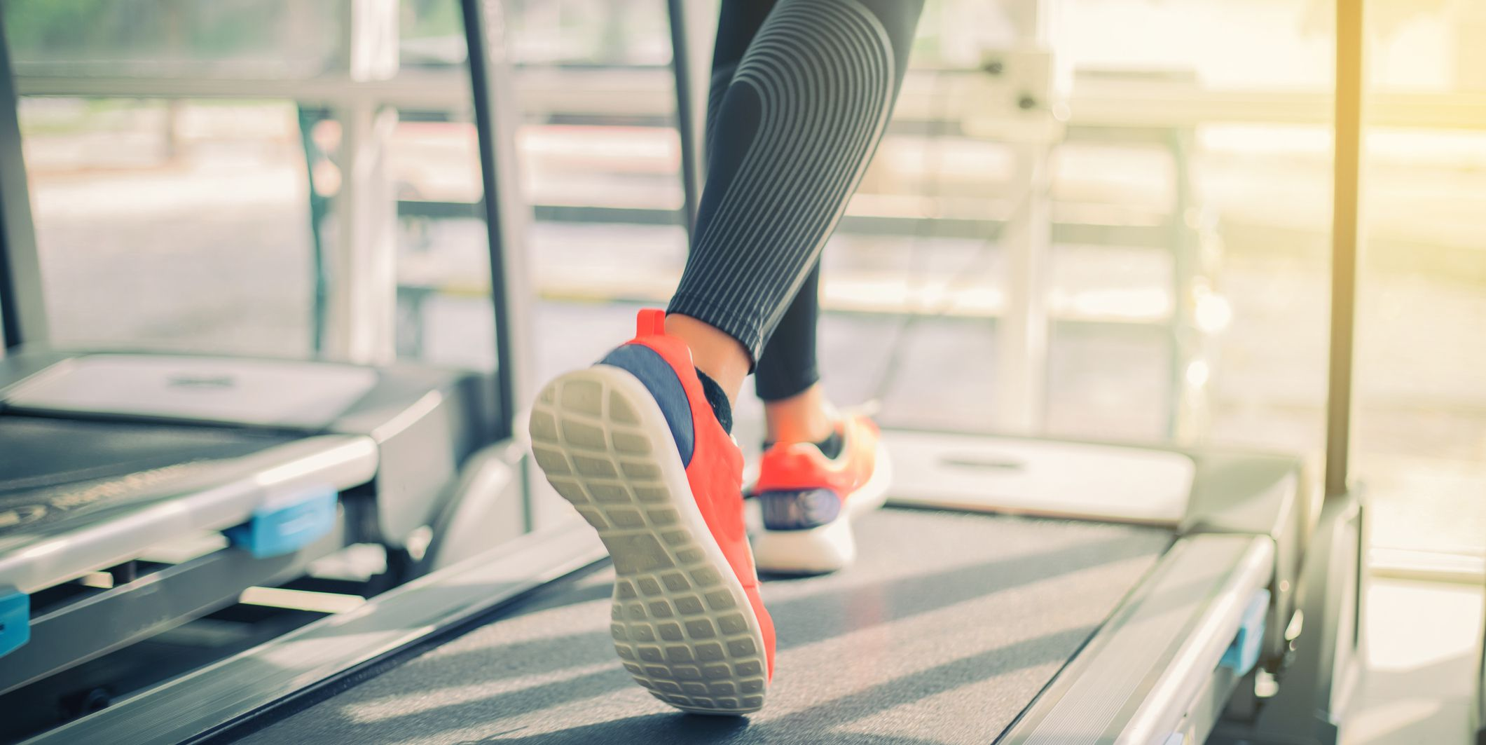 Here's The MAJOR Difference Between The Elliptical And The Treadmill