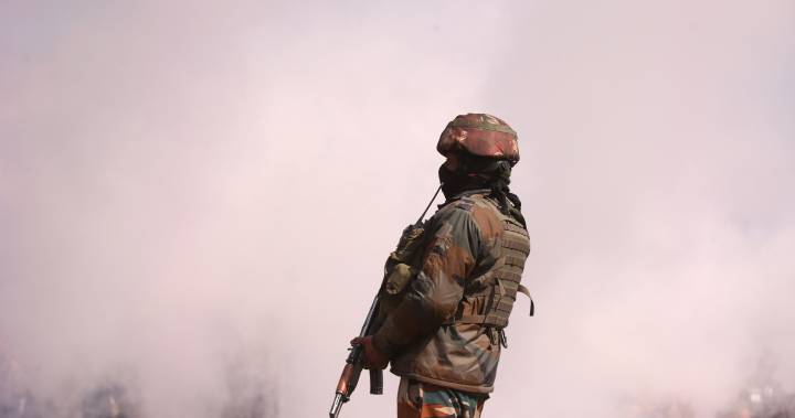Indian and Pakistani soldiers shell army posts, villages along Kashmir frontier