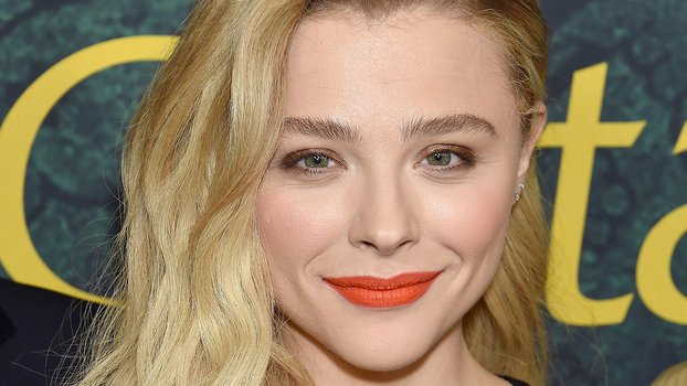 Here's What Chloë Grace Moretz Thinks About Being Open About Plastic Surgery
