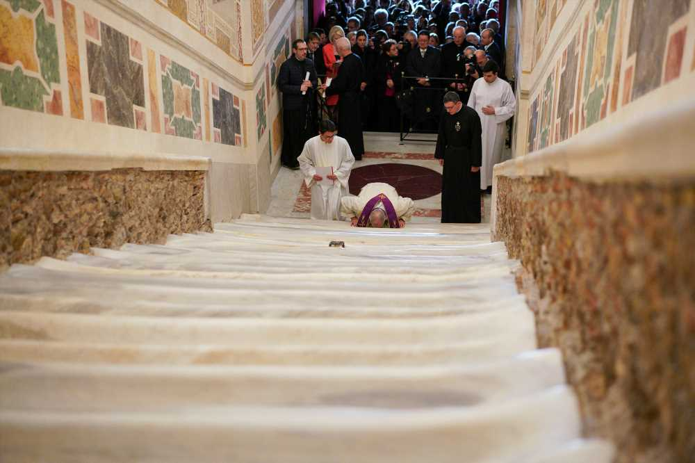 'Holy Stairs' leading to Jesus' crucifixion open for first time in 300 years