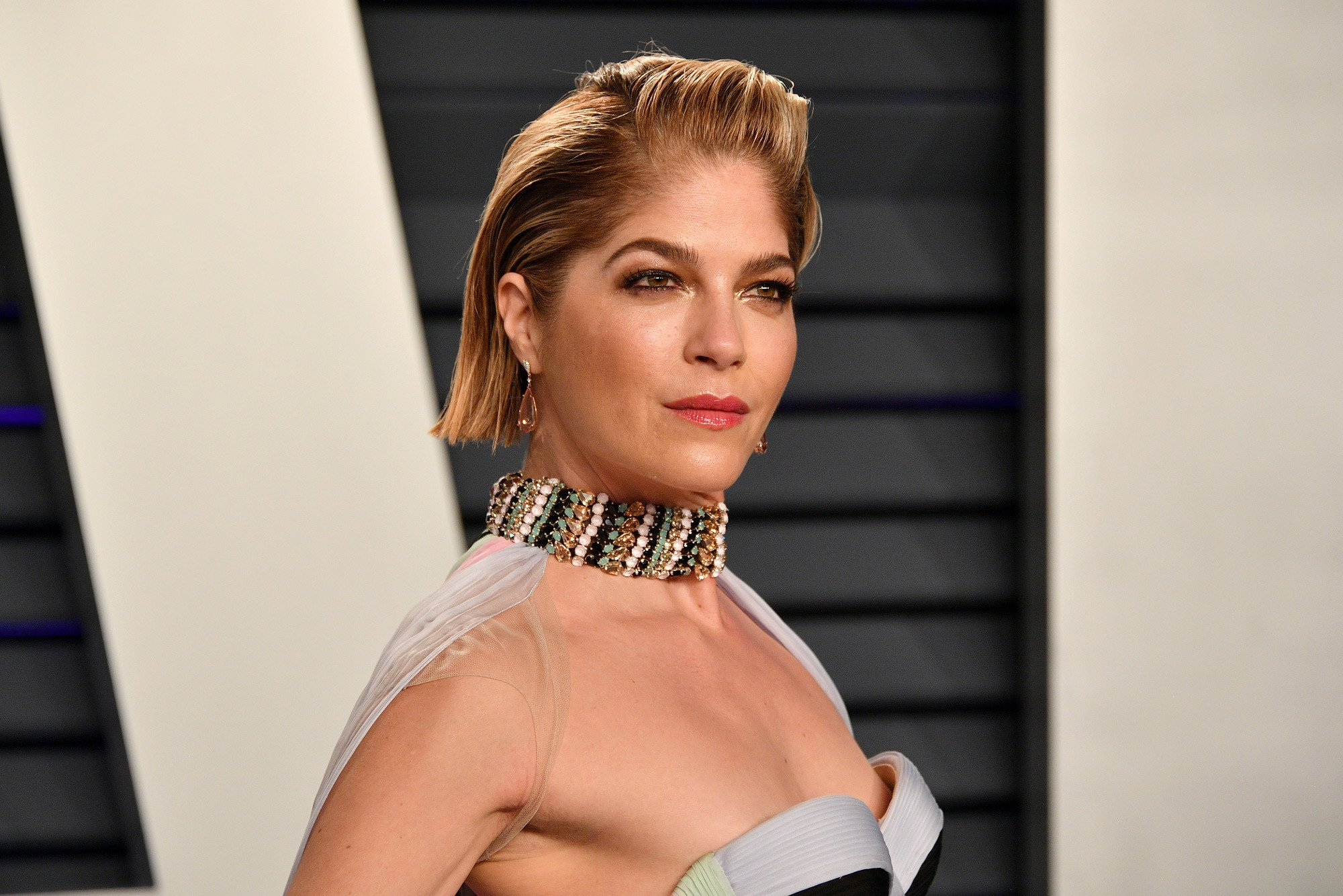 Selma Blair shares candid makeup tutorial for people with MS