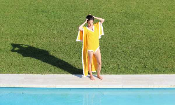 What Is A Towelkini? Your Beach Towel & Swimsuit Are Now One