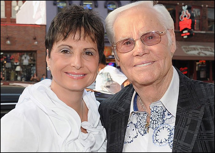 Wife Of George Jones Hates Nashville Mural