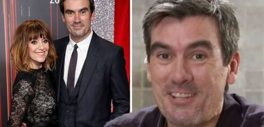 Jeff Hordley: 'Oh god' Emmerdale's Cain Dingle red-faced amid Zoe Henry's Twitter photos