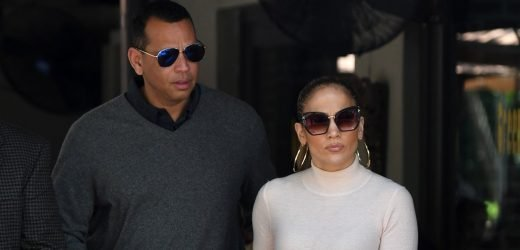 J. Lo Shows Us How to Do Transitional Spring Style Right