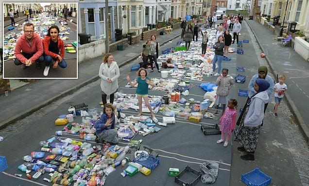 Photo shows 15,774 pieces of single-use plastic found on a street
