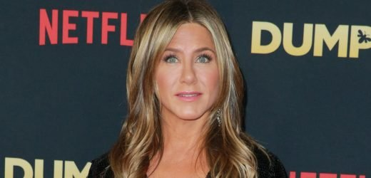 Jennifer Aniston's Hair Has Been Mystifying Us Since the '90s – But What's Her Natural Color?