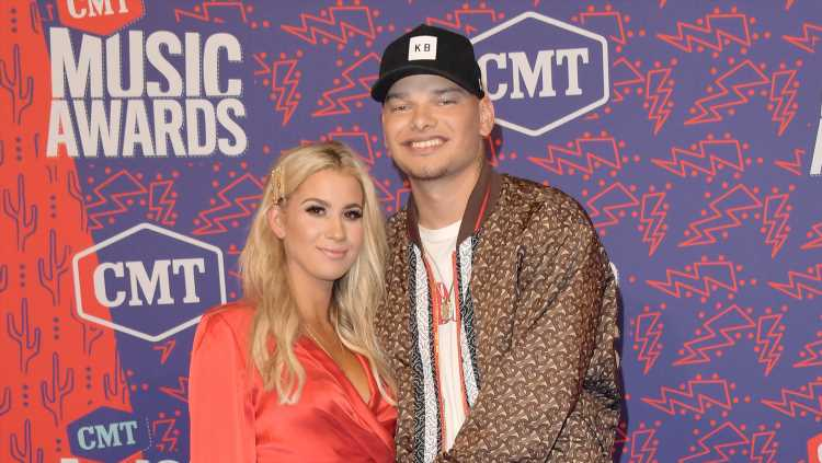 Kane Brown Cradles His Pregnant Wife Katelyn's Baby Bump at CMT Music Awards!