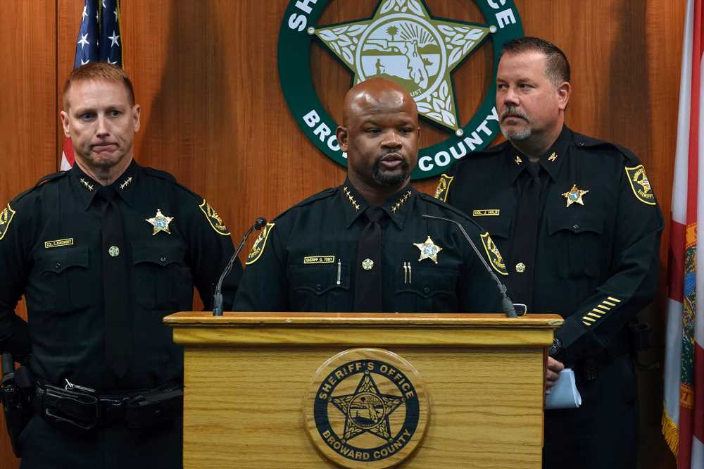 2 more deputies fired over Parkland school massacre response