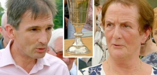 Antiques Roadshow: Guest 'gobsmacked'over420 year old silver cup'sstaggering price tag