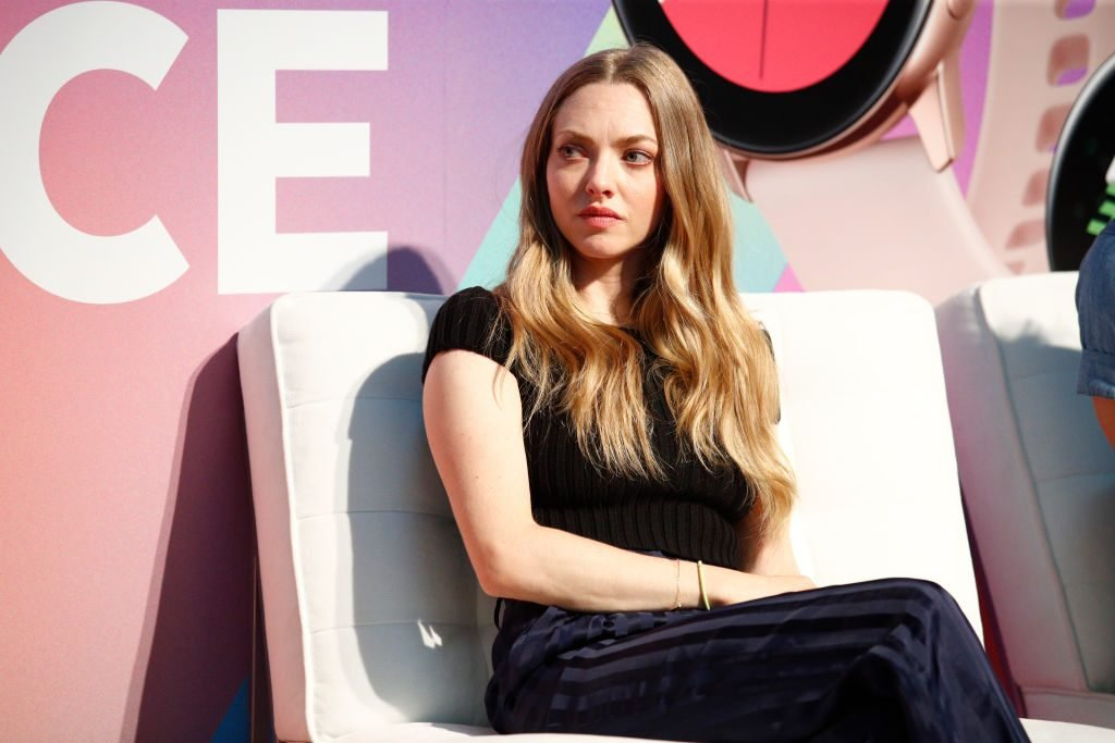 Amanda Seyfried Accused Of Bullying Something Navy's, Arielle Charnas
