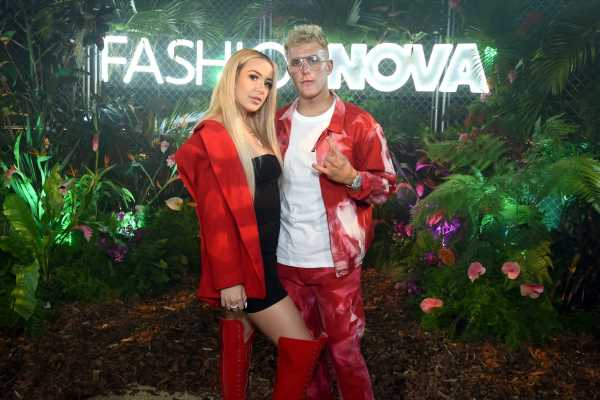 When Are Jake Paul & Tana Mongeau Getting Married? This Poem From VidCon Reveals The Special Day