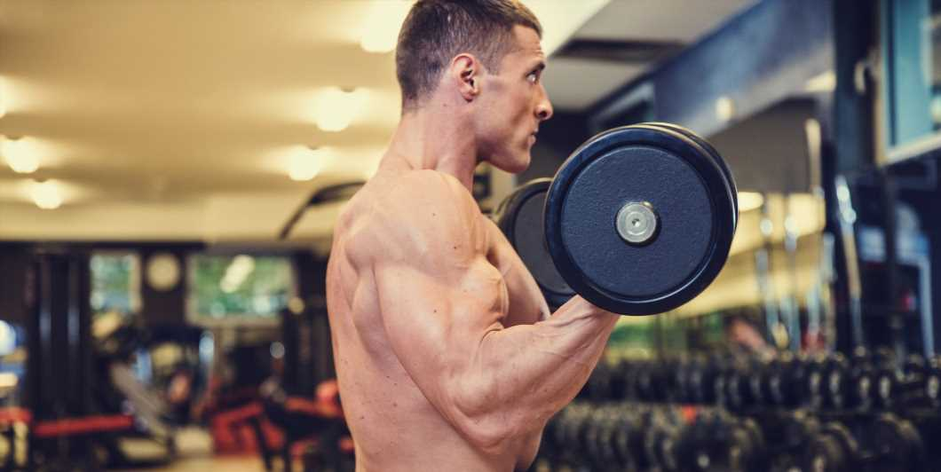 This Cutting-Edge Arm Blast Will Literally Explode Your Bis and Tris