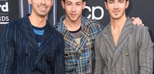 See the Beauty Products the Jonas Brothers Use Before Every Show