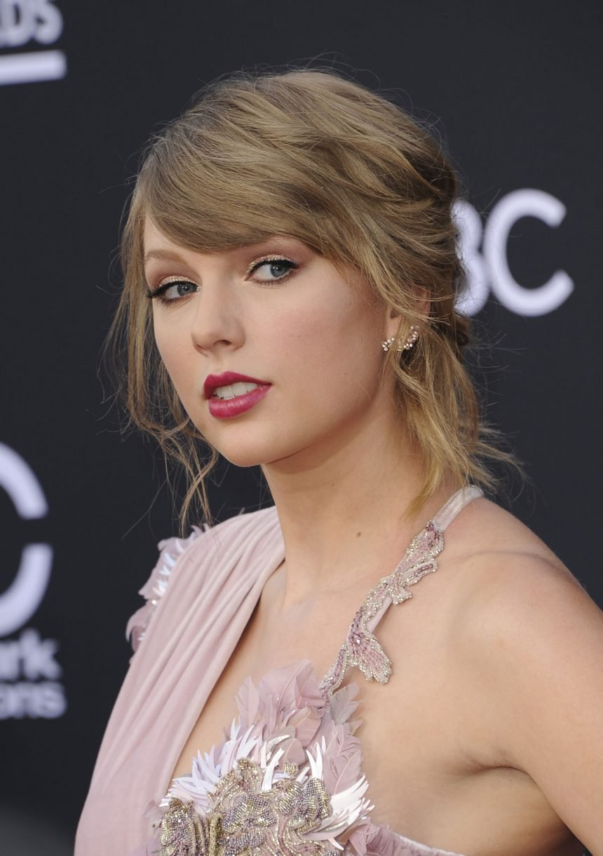 Taylor Swift Drops 'Lover' Single Off Upcoming Seventh Album! Listen HERE!