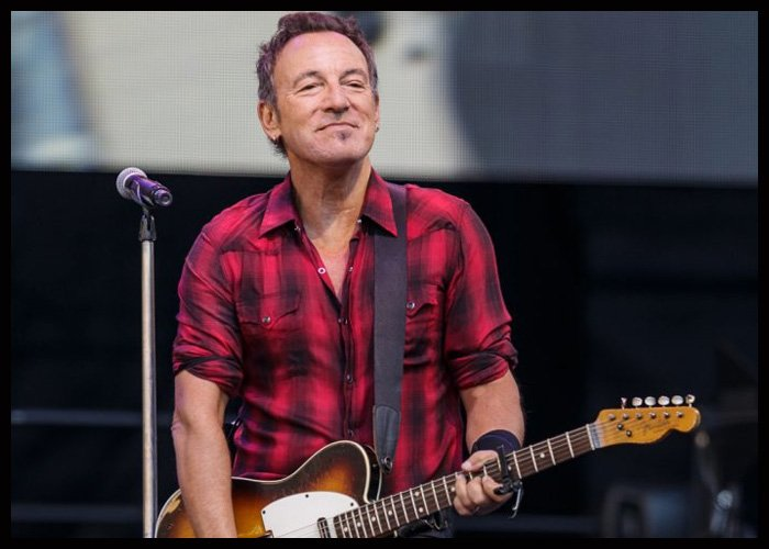 Bruce Springsteen, Jon Stewart To Headline Stand Up For Heroes Benefit